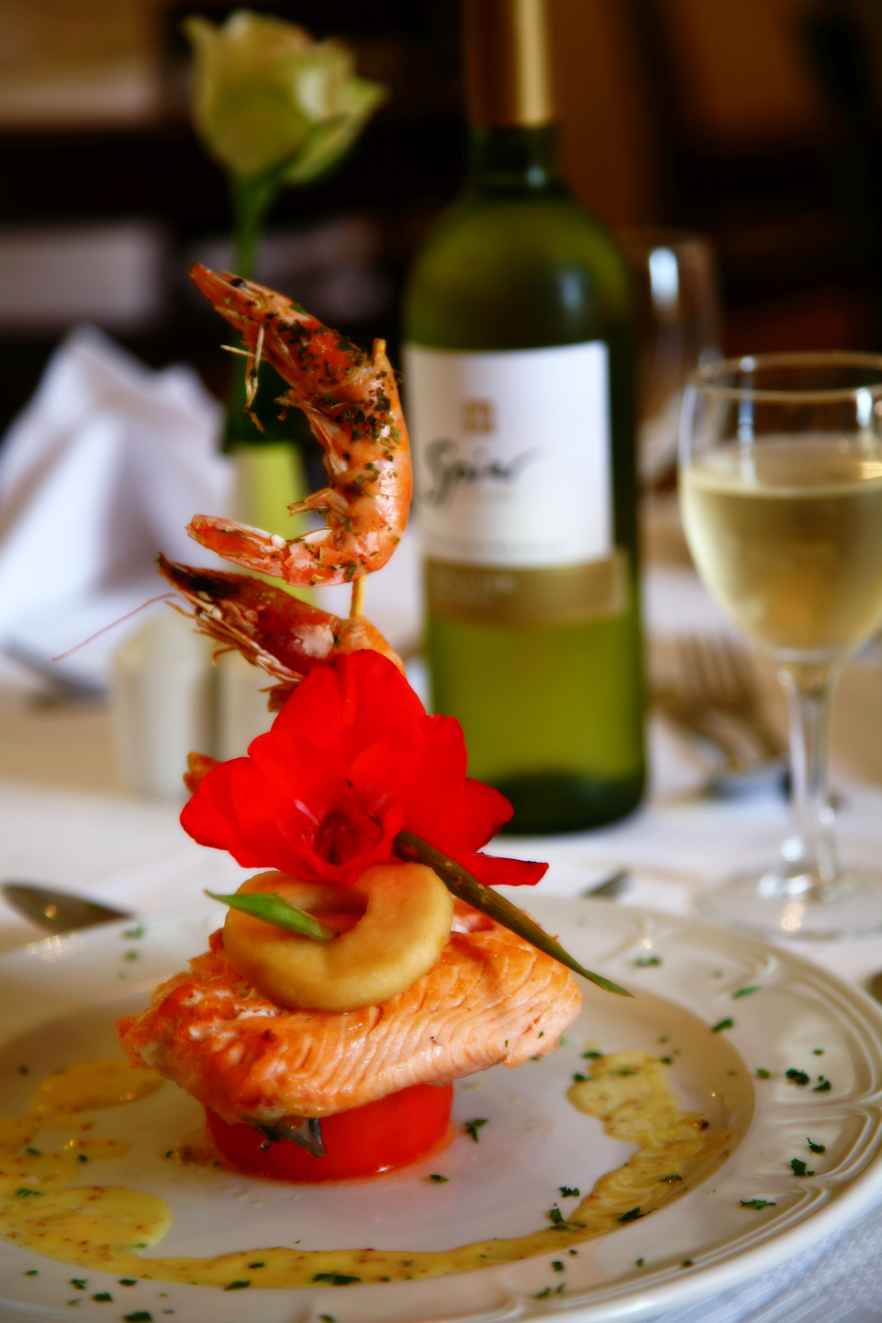 Prawns, Spier wine , product photo