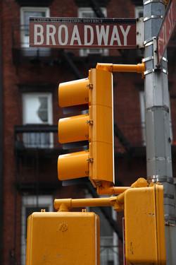 Manhattan, yellow light