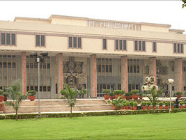 Non-Filing of FSL report with Chargesheet, Not entitled for Bail u/s  162(2) CrPc– Delhi HC