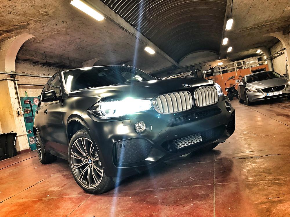 BMW X5 - Avery Satin Black