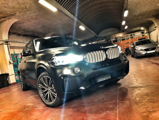 BMW X5 - Satin Black