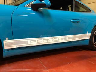 Porsche 911 - Striping