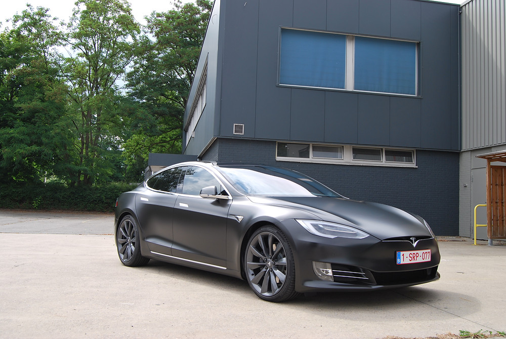 Tesla Model S - Satin Black
