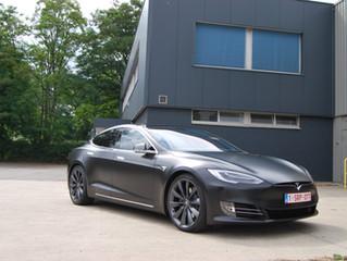 Tesla Model S - Satin Black