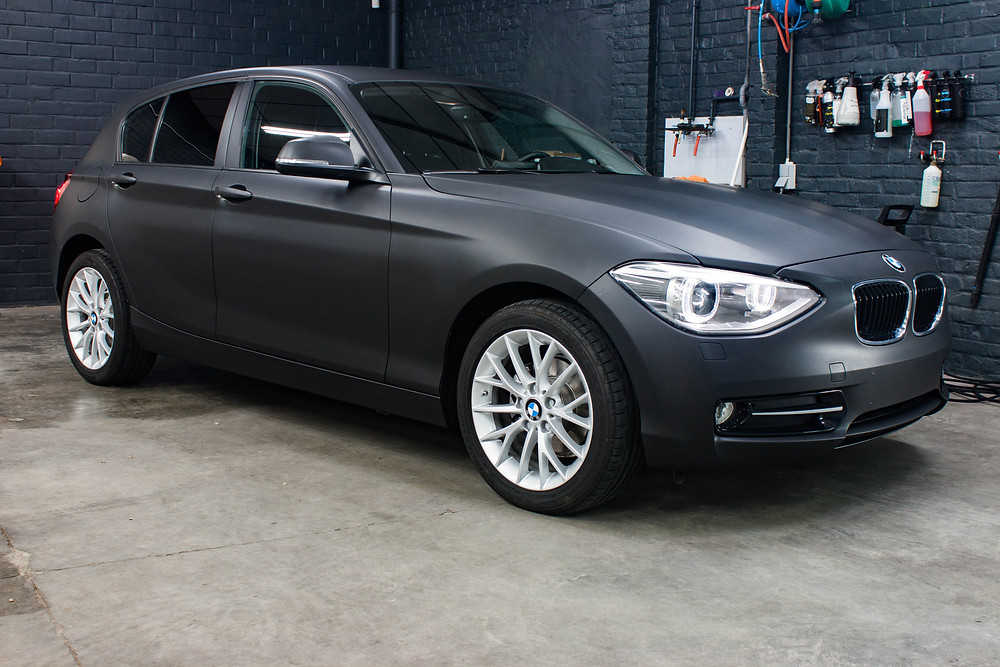 BMW 116D Avery Matte Black