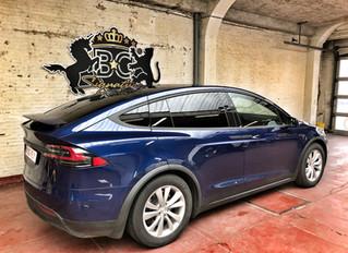 Tesla Model X - Cheetah accent & Black Pack