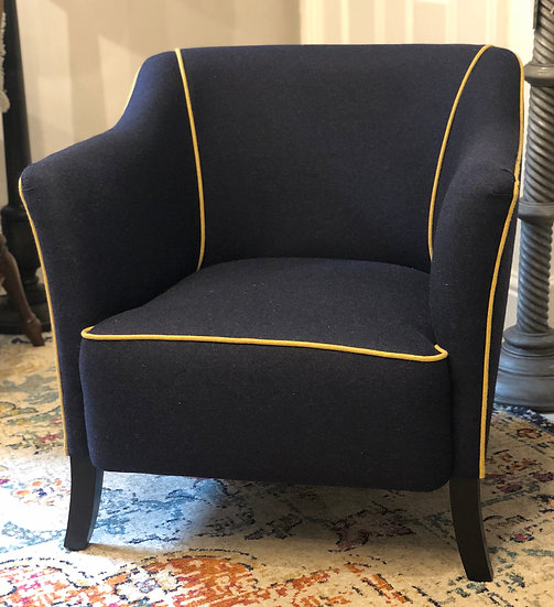 Tub Chair in Lana Wool with contrasting piping