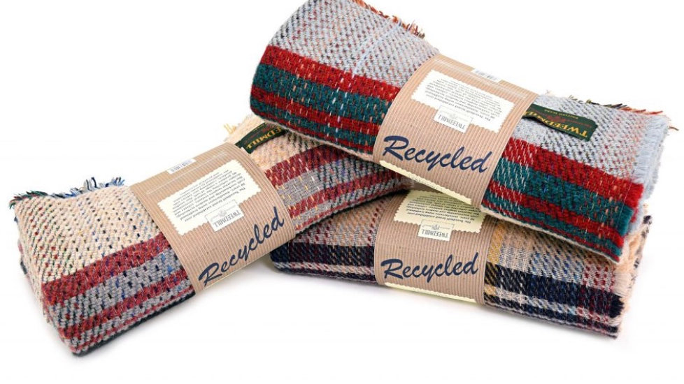 100% Recycled Wool Throw - Random Colours