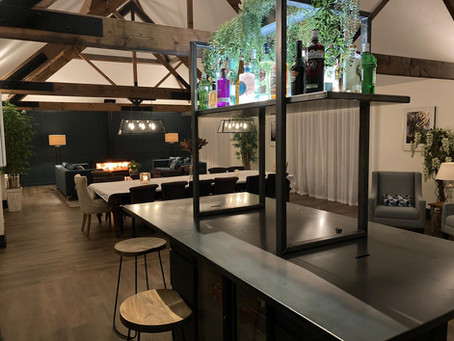 Home Bars and Entertaining Spaces