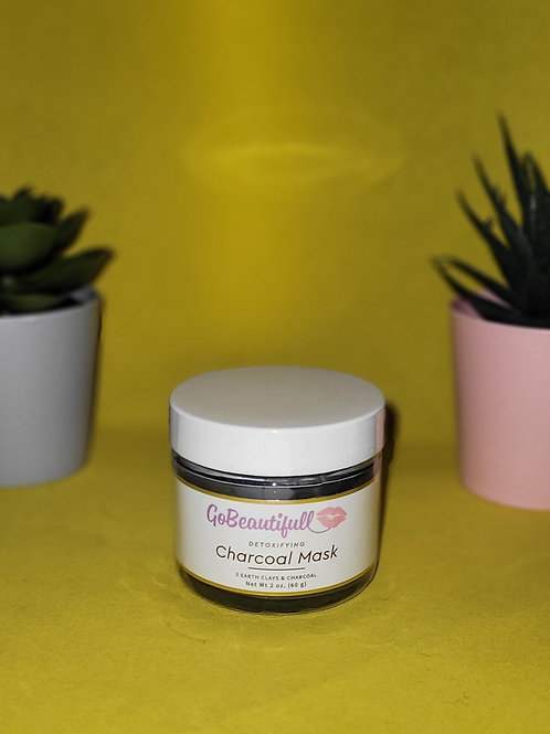 Detoxifying Charcoal Mask with 3 earth clays & activated charcoal