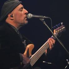 Roberto-Vally-Bass-6.jpg