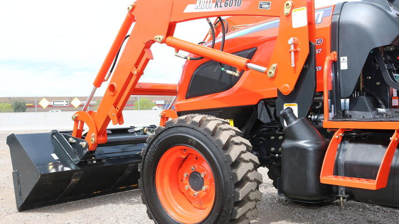 NX4510HB-KL6010 Tractor