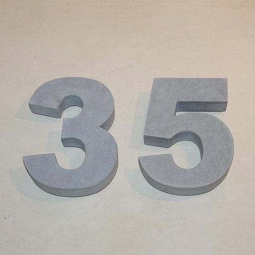 Hausnummer Beton (arial black)