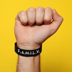 bracelent1.jpg