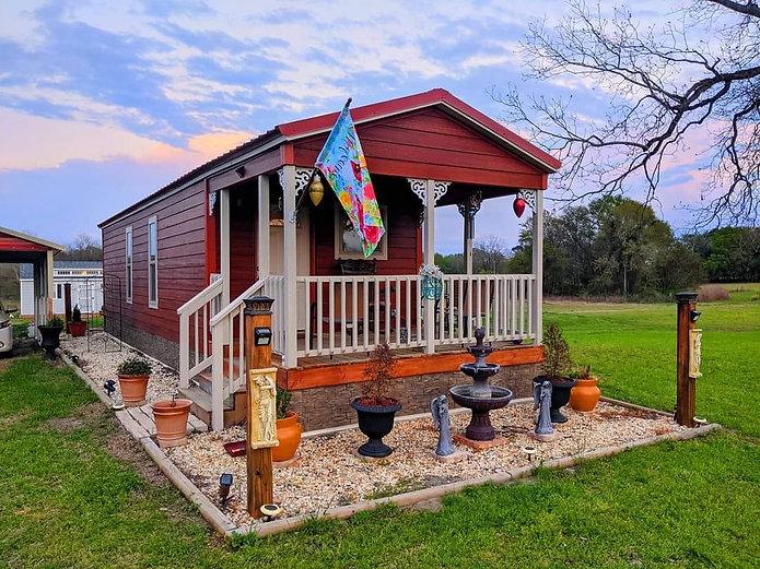 serenity house model.jpg