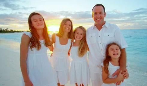 családi fotó EZ A JÓ.jpg