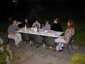 The entire workcamp, let's eats!