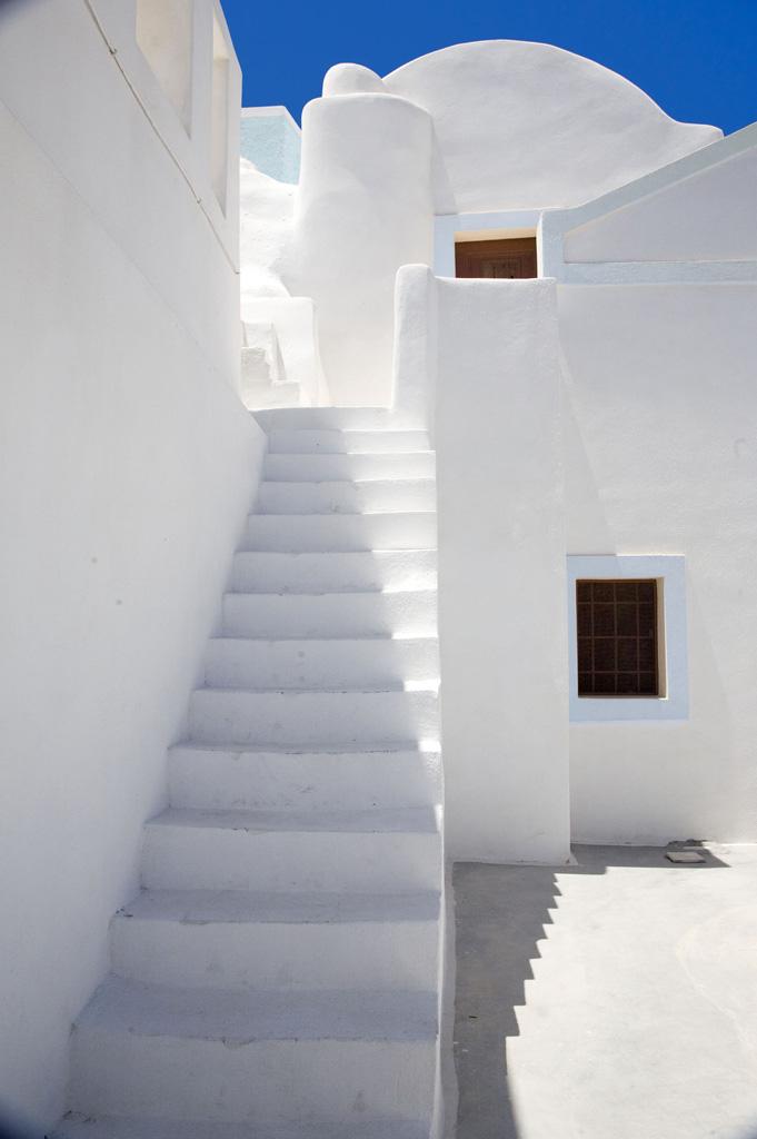Santorini Step