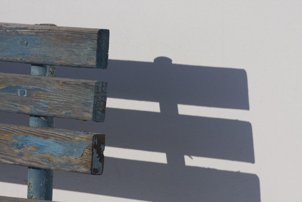 Santorini \Bench Shadow