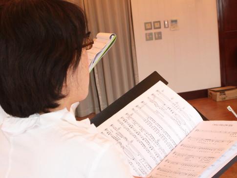 楽譜を読む練習も