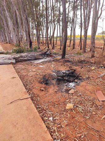 Fogo em área no fundo do Mais Parque está sendo investigado pela Defesa Civil