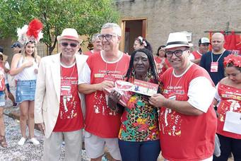 """""""Espalha Samba"""" desfila neste sábado com homenagens e ação solidária"""