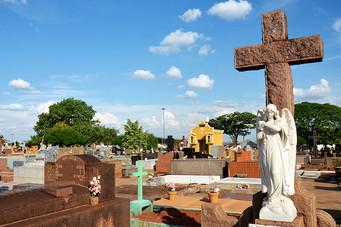 Concessão pode garantir investimentos em cemitérios