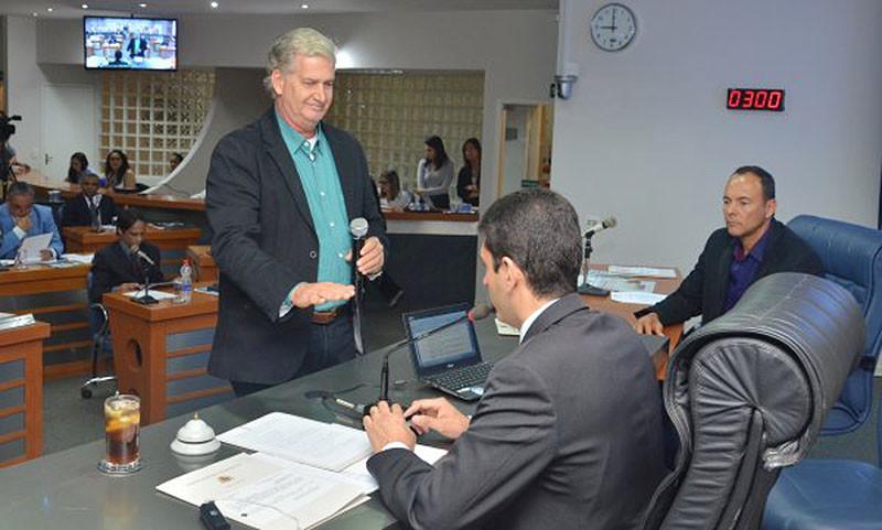 Vereador busca soluções em benefício da população. (Foto: Aquino José)