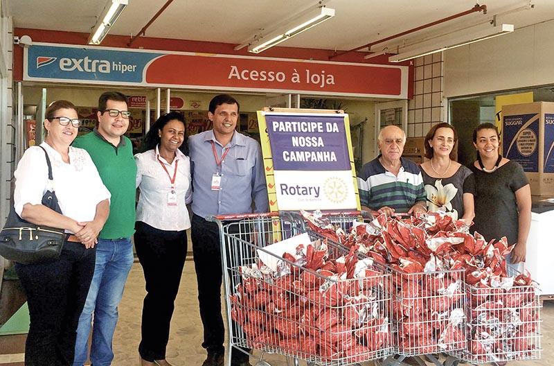 Rotarianos de Barretos participam de campanha  Páscoa Solidária desde 2016
