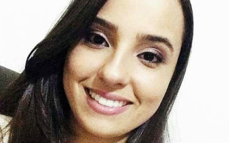 Beatriz Pires Cardoso morreu após ser atingida na cabeça por aparelho dentro da UTI da Santa Casa de Barretos (Foto: Reprodução/Facebook)