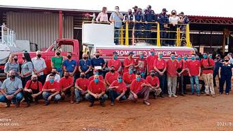 Parceria restaura caminhão pipa e entrega para a Defesa Civil de Barretos