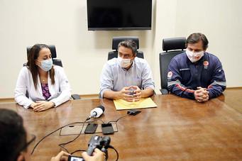 Profissionais de saúde alertam para riscos de tratamento de Covid 19 em casa
