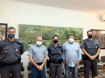 Nova comandante da Polícia Militar de Barretos visita Parque do Peão