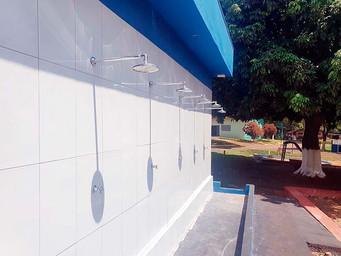 Rio das Pedras entrega reforma de banheiros da Praia 1