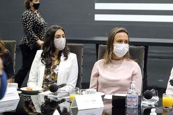Paula Lemos solicita Centro da Mulher ao governo do Estado