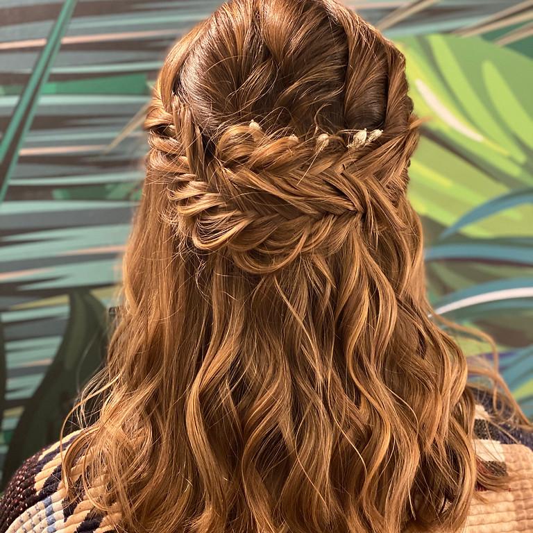 Coiffure de mariée sur cheveux court ou mi-long