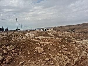 ارض للبيع في بيرين/ رجم الشوك - تبعد 670م عن مسجد الصحابة
