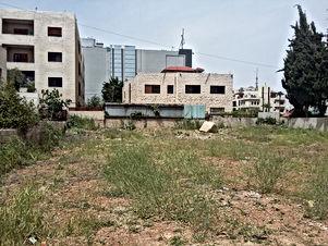 ارض للبيع في الصويفية/ خلف افينيو مول - مقابل فندق ستراند