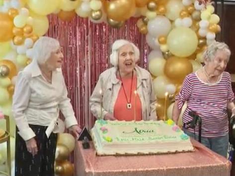 Three besties turn 100 in same week!