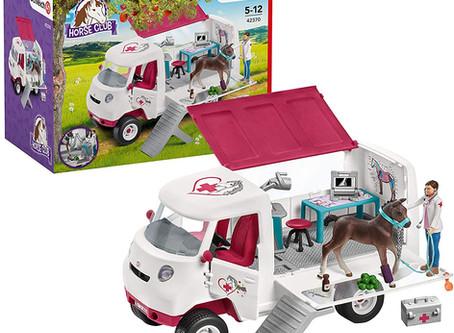 Schleich Horse Club Mobile Vet 17-piece Educational Playset