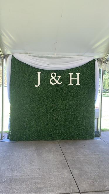 boxwood-h-j-letters3jpg