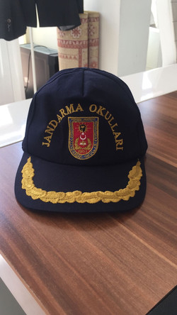 sırmalı şapka