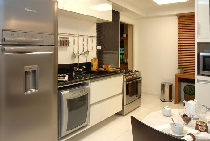 Cozinha linear planejada