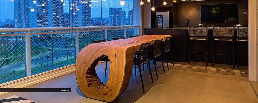 Mesa de jantar em madeira curva. Fonte: ArboREAL