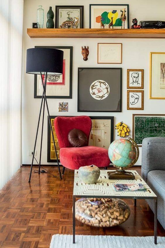 Quadros e objetos de decoração que contam histórias