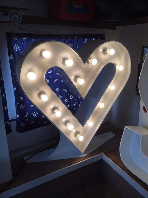 4ft illuminated heart