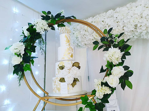 Gold floral hoop cake stand