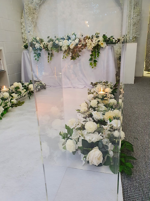 Rustic floral aisle side runners with ivory aisle runner