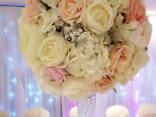 Lily vase centrepieces with flower ball