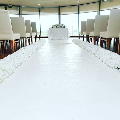 Rose and hydrangea aisle side runners